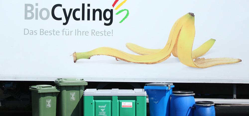 Biocycling_Beha-lter_vor_LKW